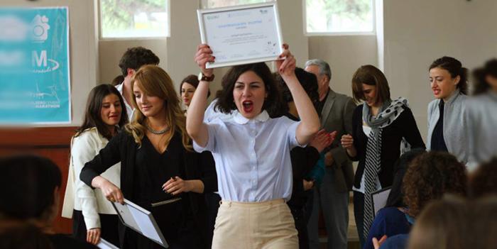 გამარჯობა, მე პიარსკოლა დავამთავრე!