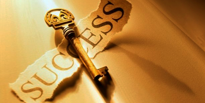 წარმატება - მქონოდა  რწმენა, რომელიც მაშინაც მიჩვენებდა  გზას, როცა შესახვევი არსად ჩანდა, გამოვიარე...